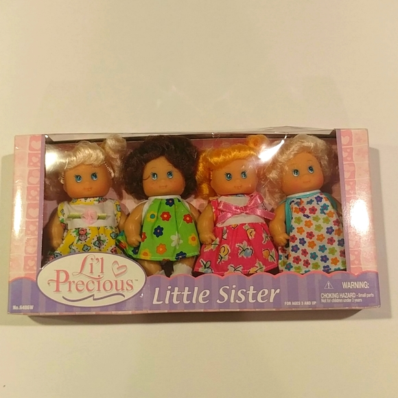 NWT Vintage Lil Precious Little Sister 4 Dolls